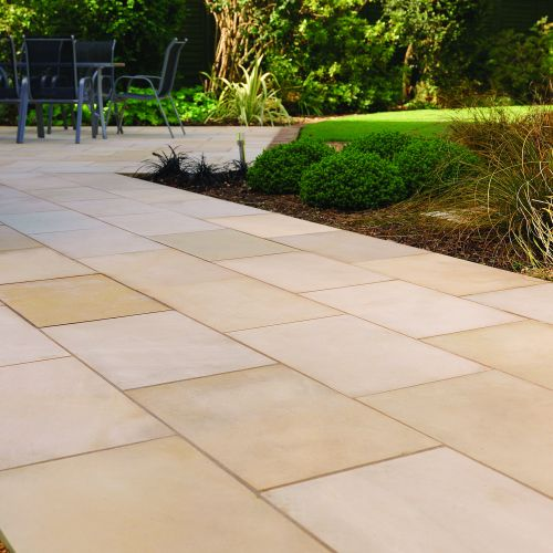PAVESTONE REGAL SUMMIT NATURAL STONE 15.75m2 HONED FINISH 20mm CONTRACTOR PACK 500 SERIES